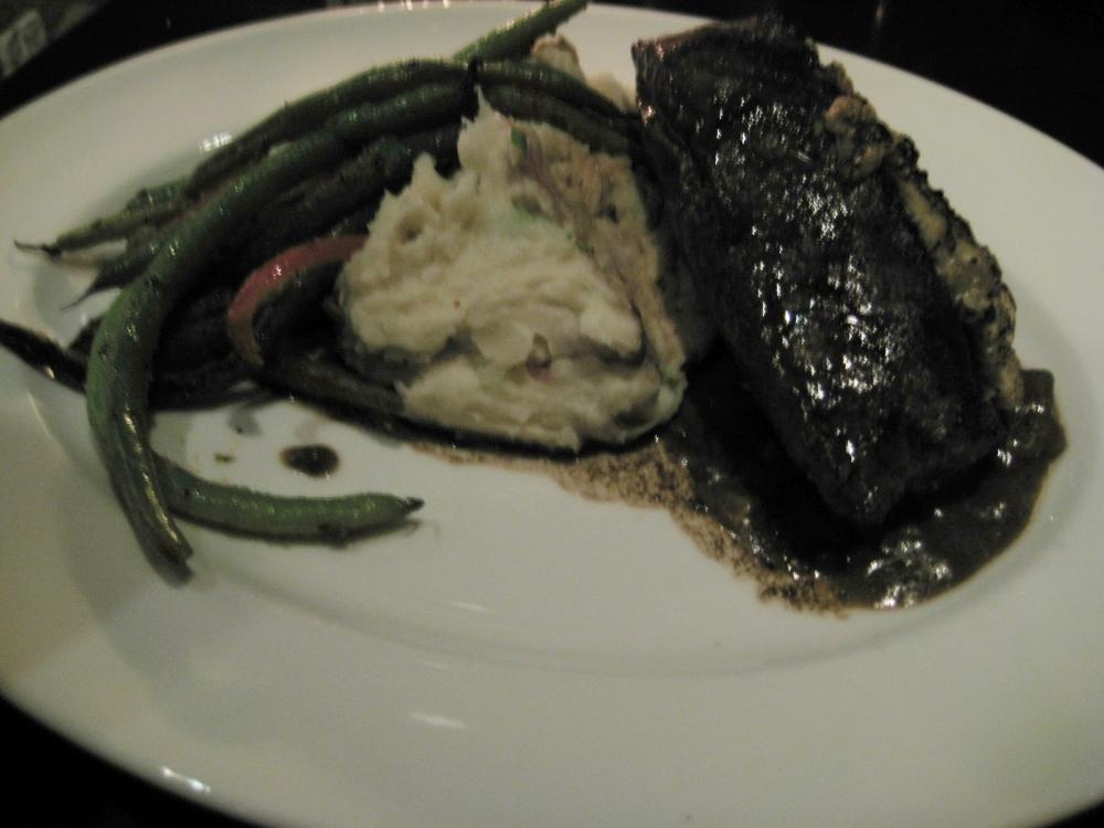 Henry's Tavern - Blue Cheese Steak
