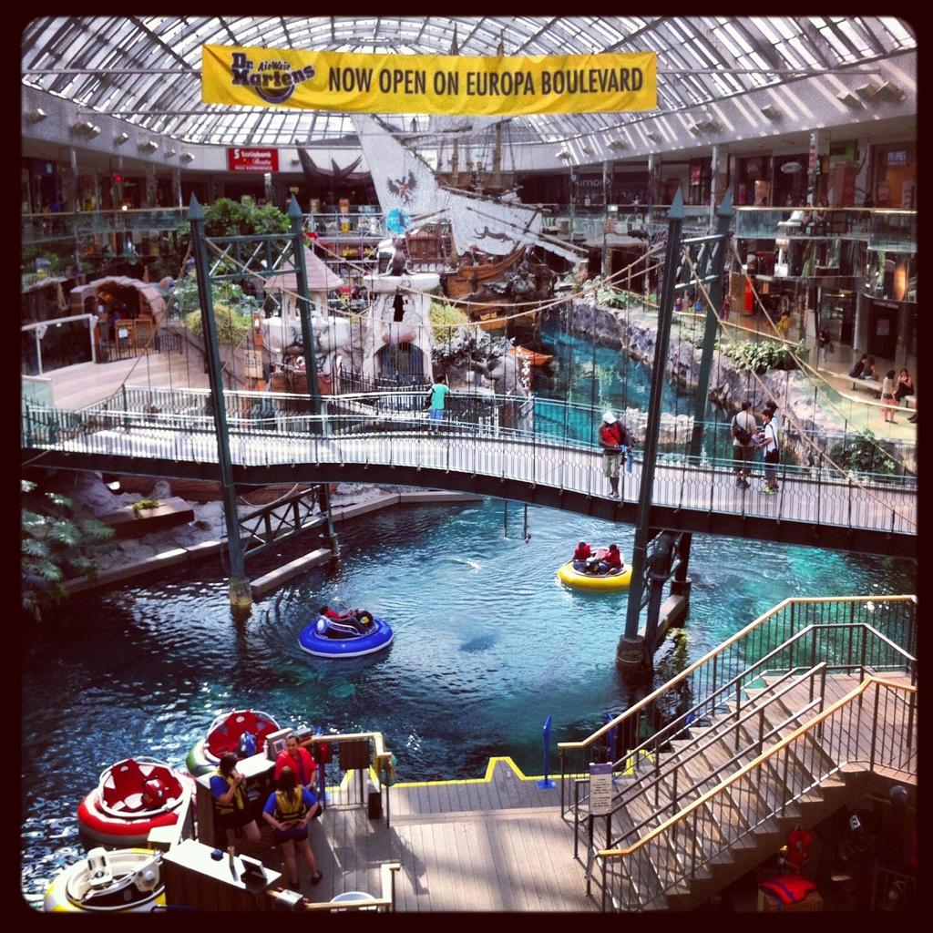 West Edmonton Mall Metrobabel
